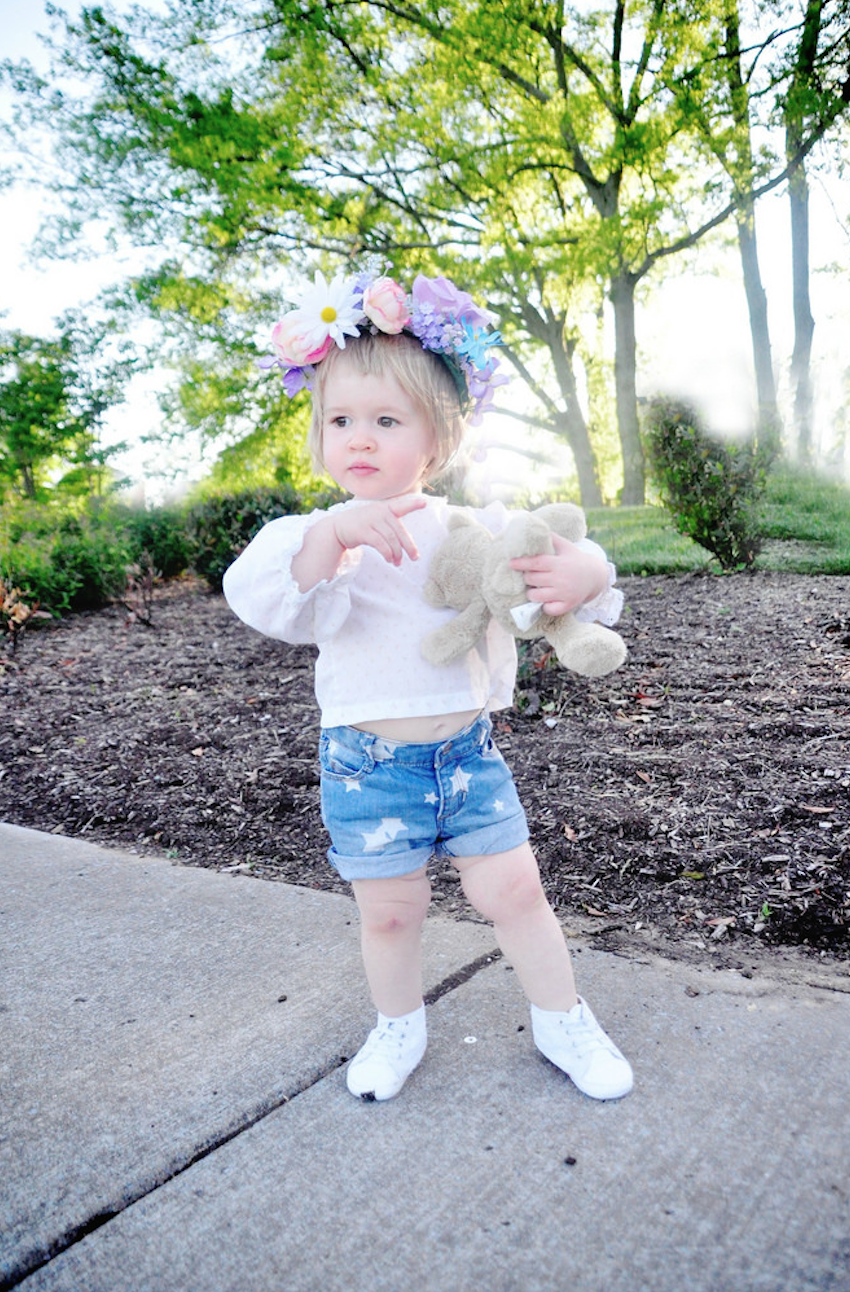 Goldie's festival ready in her flower crown and denim shorts! Photo c/o Fancy Treehouse.