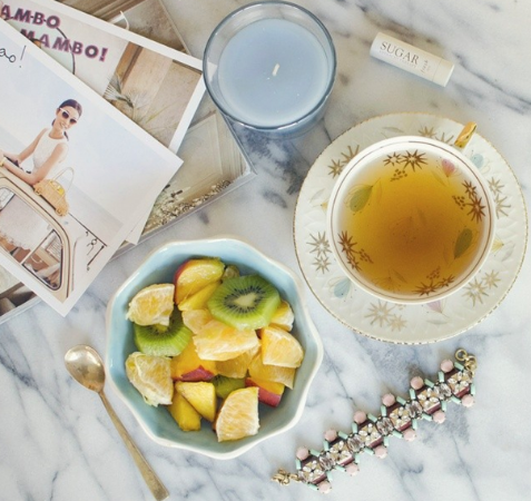 Lazy mornings and sweet scents by @asideofsweet.